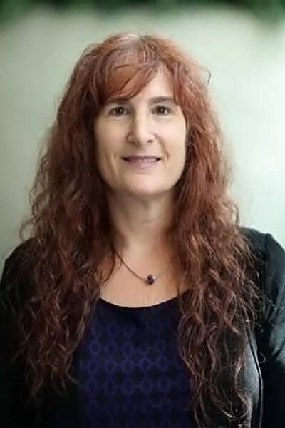 Lauren C Berkow