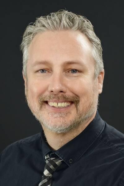 Eric F Egelund