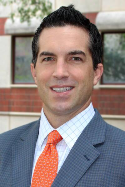 Chris R Giordano