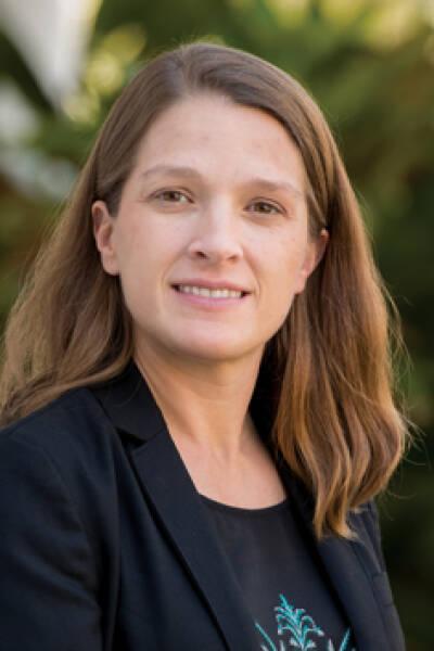 Sarah L McKune