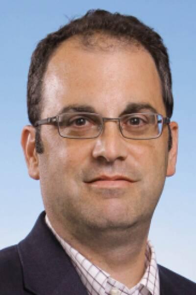 Steven D Munger