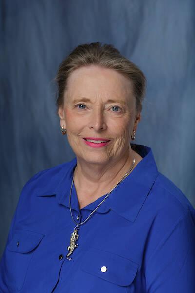 Rose M Nealis