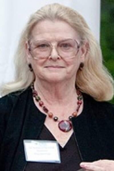 Kathleen T Shiverick