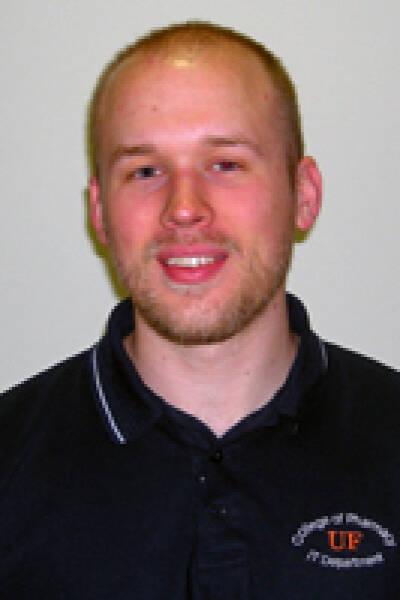Ryan M Swiers
