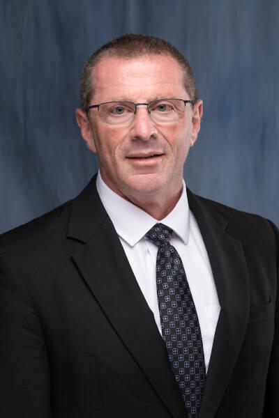 Kevin R Vincent